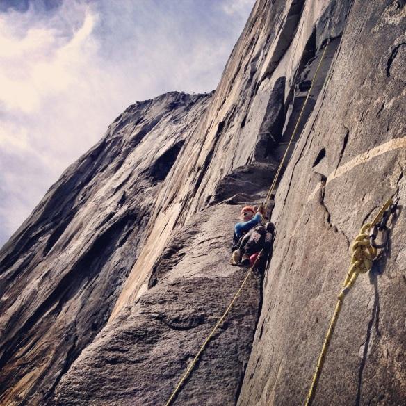 Vanessa au quatrième jour de grimpe. On commence à se rapprocher du sommet...