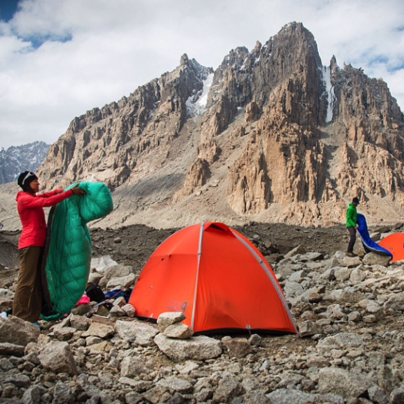 Two tents lost in a desert of rocks, on top of ice.... Not what you would expected for your camping holidays ;)