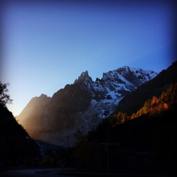 Beautiful lights and colors while hitch hiking in Italy to get back to Chamonix