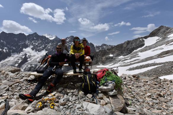 Le quatuor de la Grande Ruine, Vincent, Pascal Cédric et moi au refuge Adèle Planchard