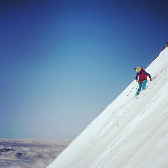 En escalade on défie un peu la gravité, là on se doit de jouer avec... ©Lorraine Huber